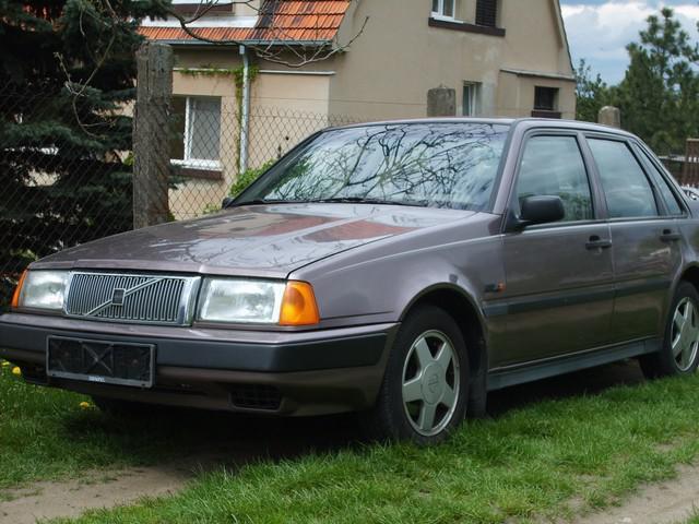 Volvo 460 GL 640x480, 93 KB